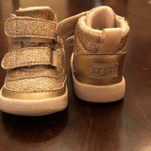 Pritchard sparkle gold UGG boots